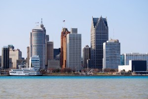 Detroit-riverfront-skyline2-e1322860177114