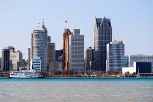 Detroit-riverfront-skyline2-e1322860177114